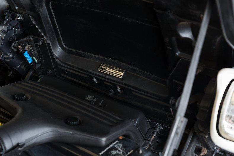 1985 Chevrolet Corvette 38