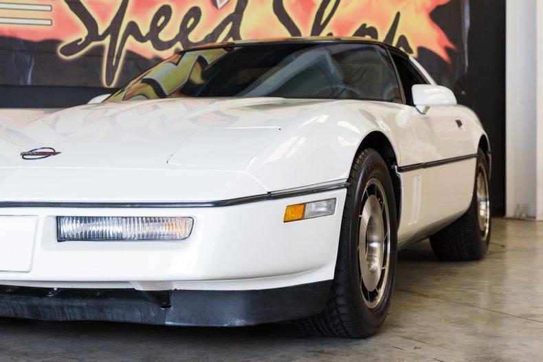 1985 Chevrolet Corvette 3