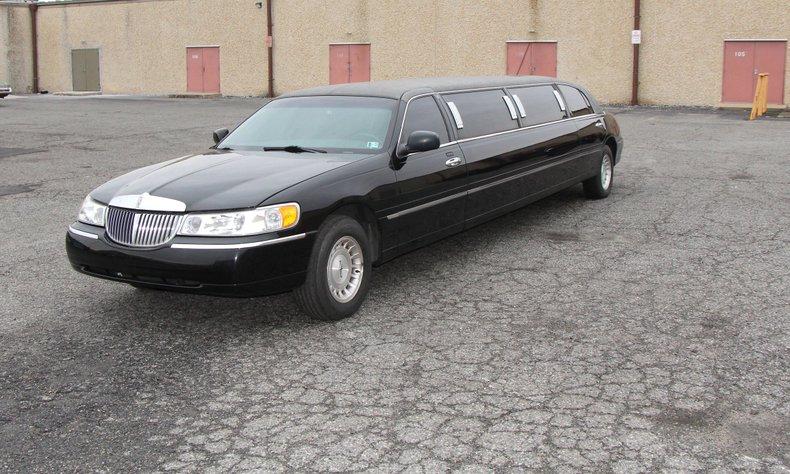 1999 Lincoln Continental 1