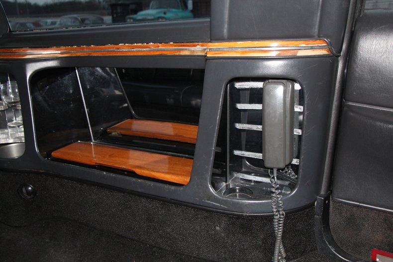 1999 Lincoln Continental 23