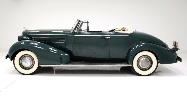1936 Cadillac Fleetwood 2