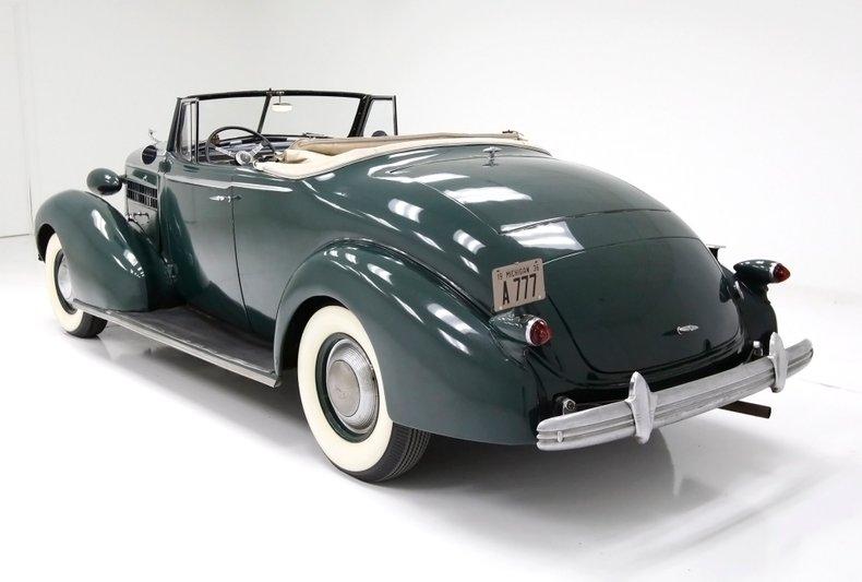 1936 Cadillac Fleetwood 3
