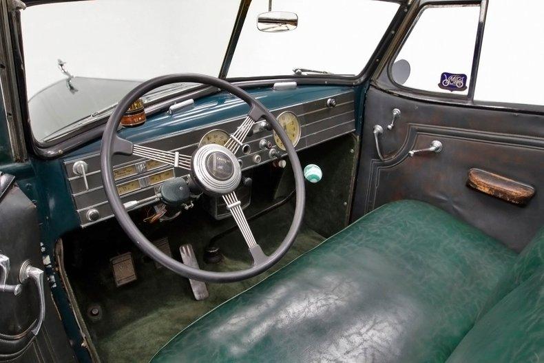 1936 Cadillac Fleetwood 26