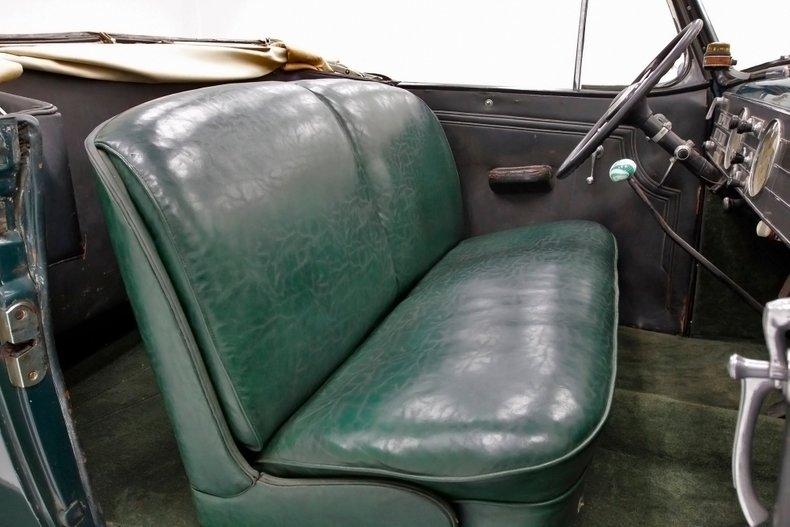 1936 Cadillac Fleetwood 29