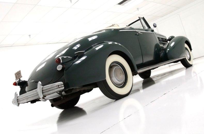 1936 Cadillac Fleetwood 8