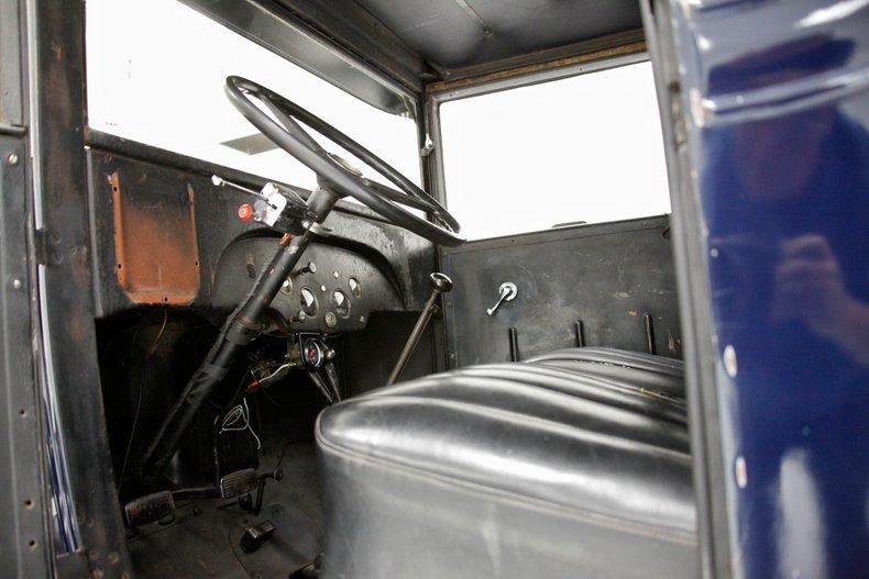 1932 Chevrolet Wrecker 30