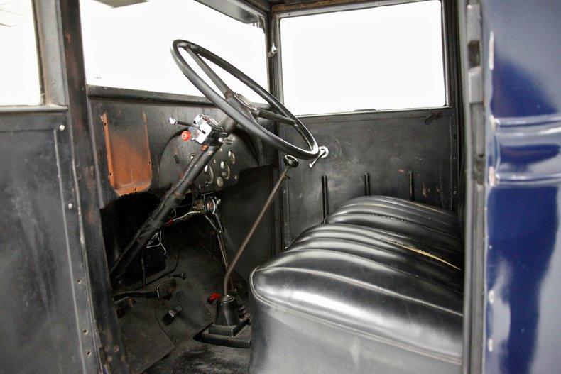 1932 Chevrolet Wrecker 32