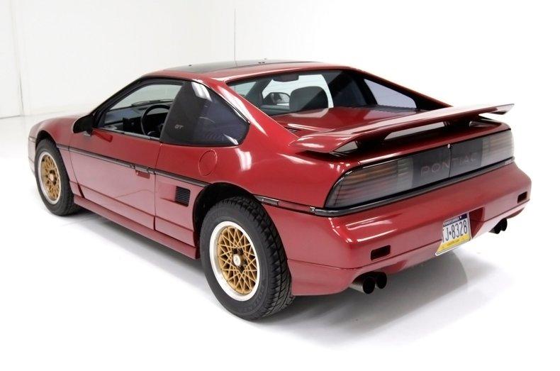 1987 Pontiac Fiero 4