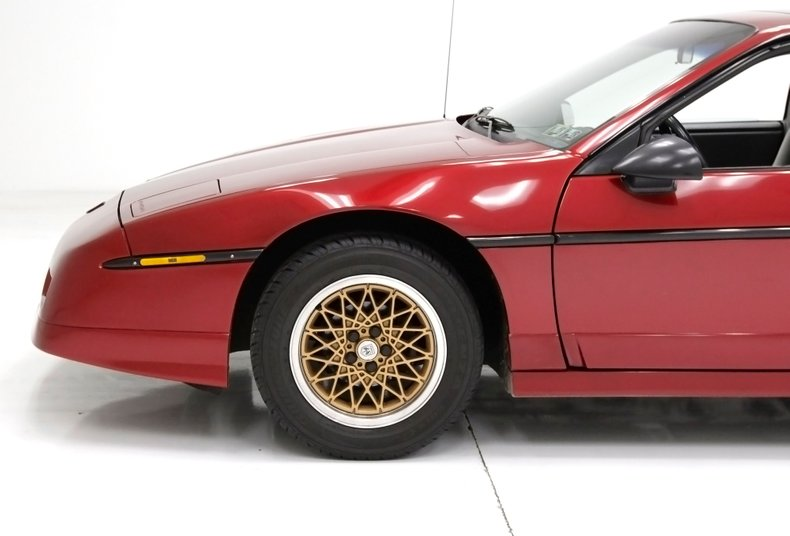 1987 Pontiac Fiero 14