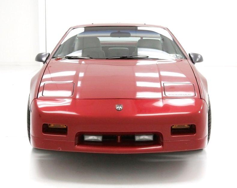 1987 Pontiac Fiero 10