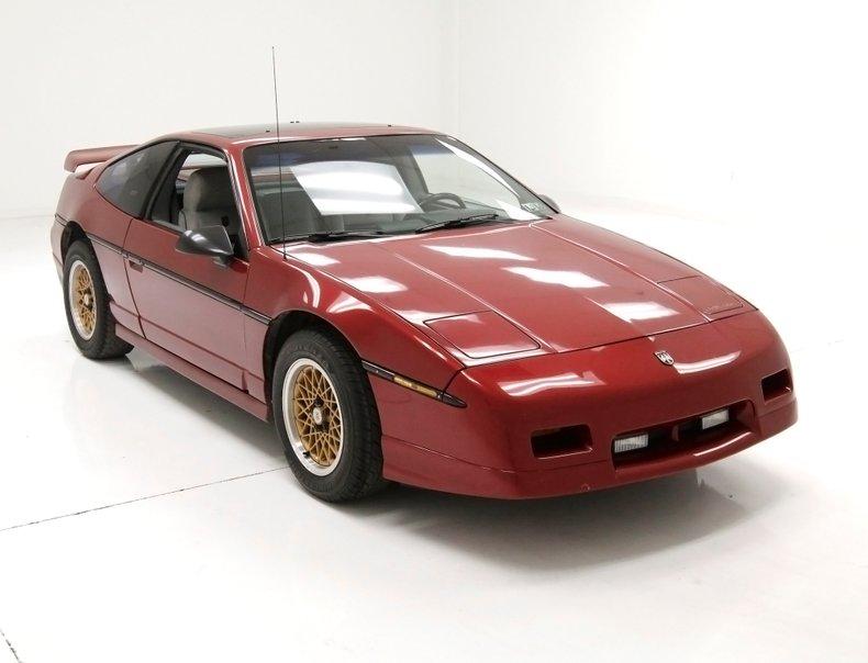 1987 Pontiac Fiero 8