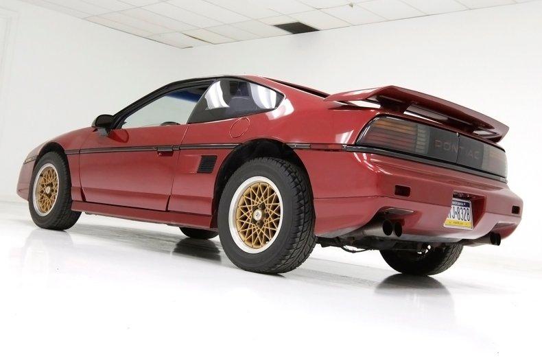 1987 Pontiac Fiero 5