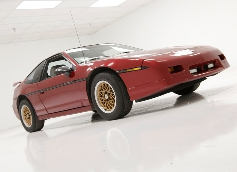 1987 Pontiac Fiero 3