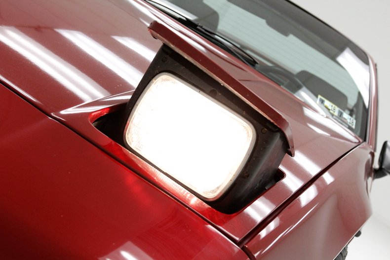 1987 Pontiac Fiero 11