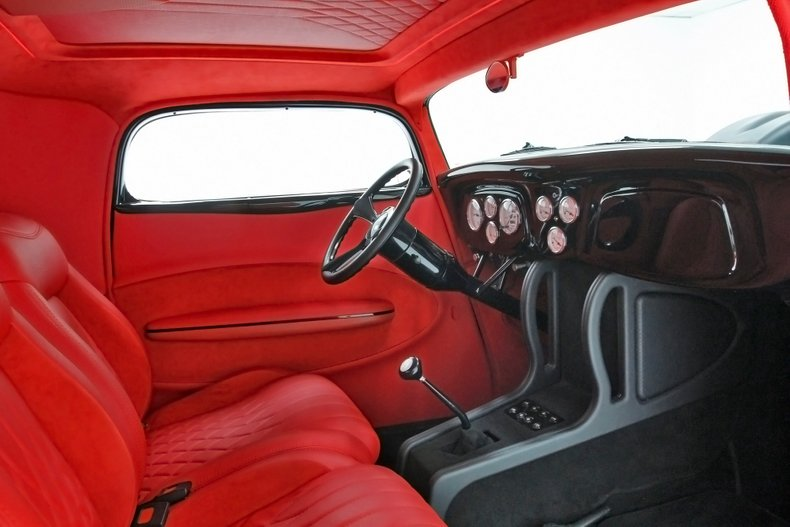 1934 Ford Coupe 26