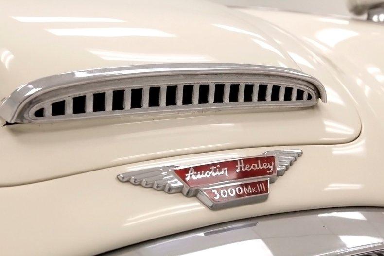 1967 Austin-Healey 3000 14