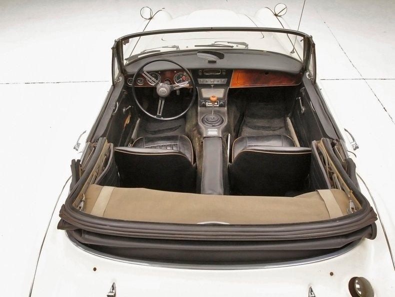 1967 Austin-Healey 3000 27