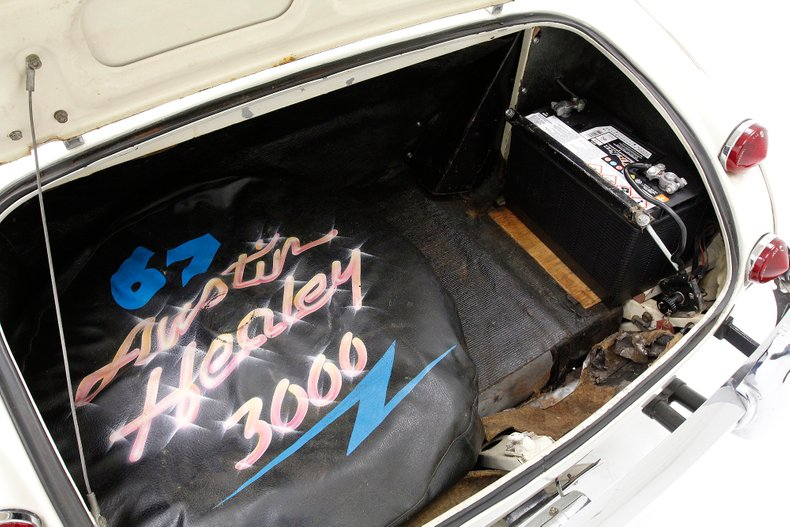 1967 Austin-Healey 3000 22