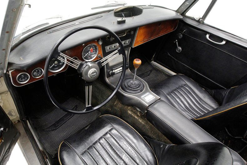 1967 Austin-Healey 3000 28