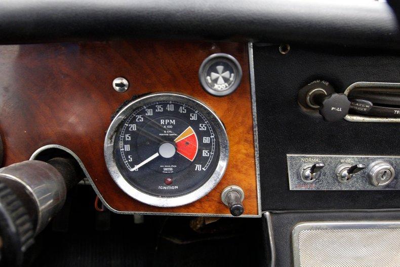 1967 Austin-Healey 3000 37