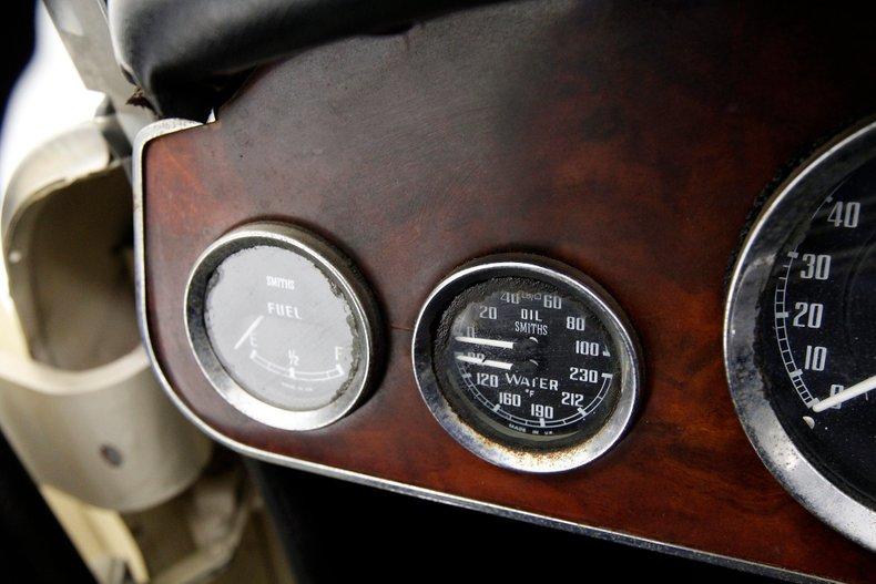 1967 Austin-Healey 3000 36