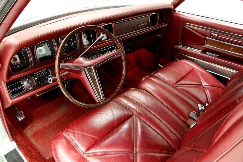 1971 Lincoln Mark III 23