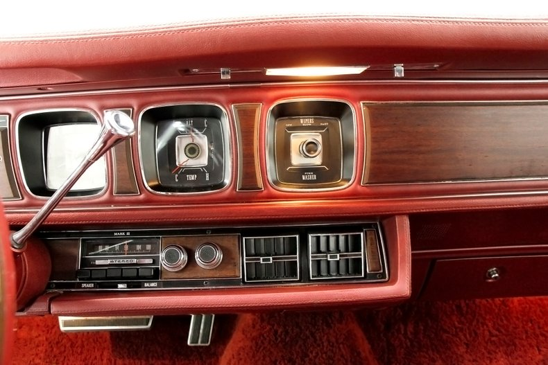 1971 Lincoln Mark III 37
