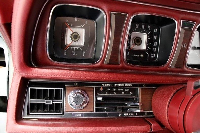 1971 Lincoln Mark III 35