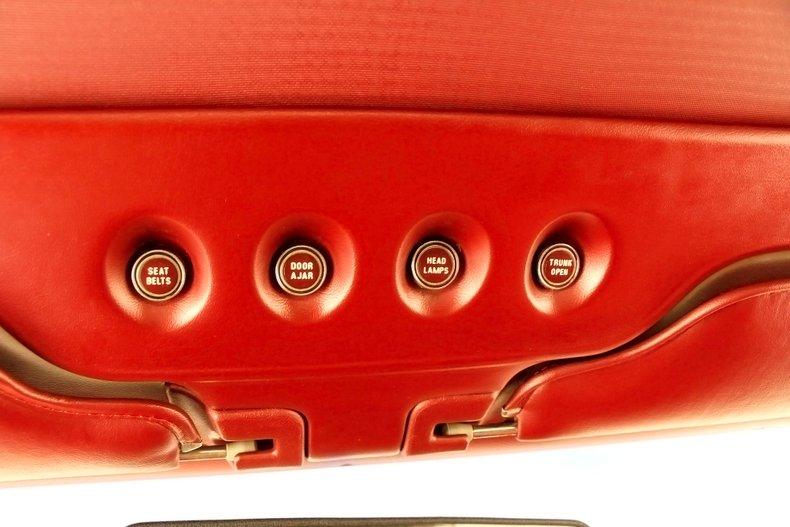 1971 Lincoln Mark III 38