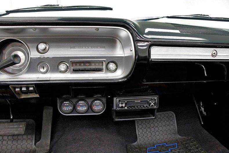 1965 Chevrolet Malibu 31