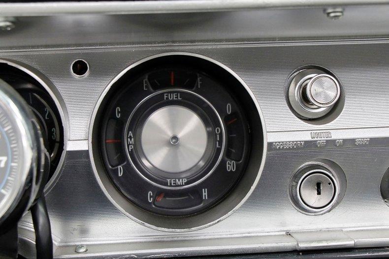 1965 Chevrolet Malibu 32