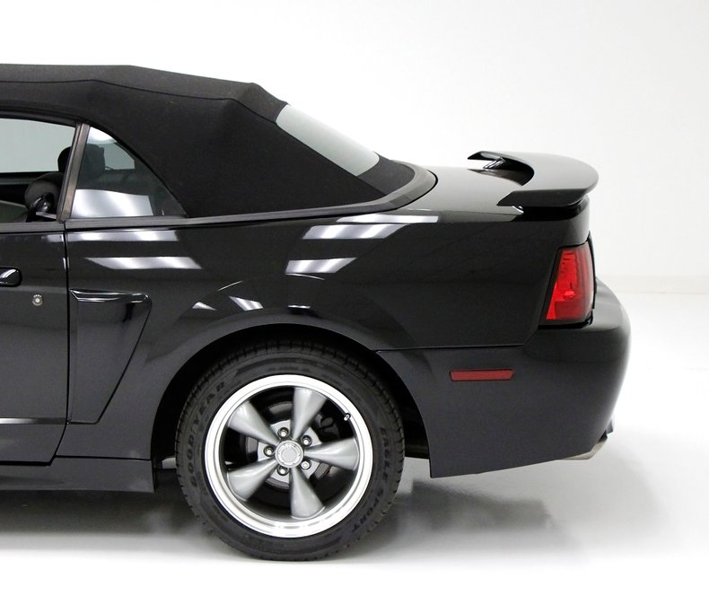 1999 Ford Mustang 22