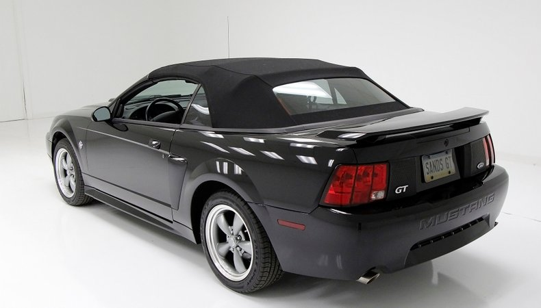 1999 Ford Mustang 4