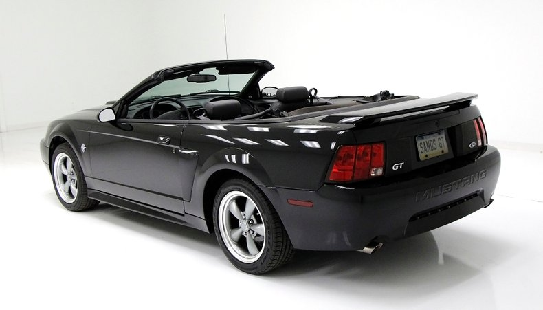 1999 Ford Mustang 13