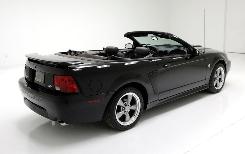1999 Ford Mustang 10