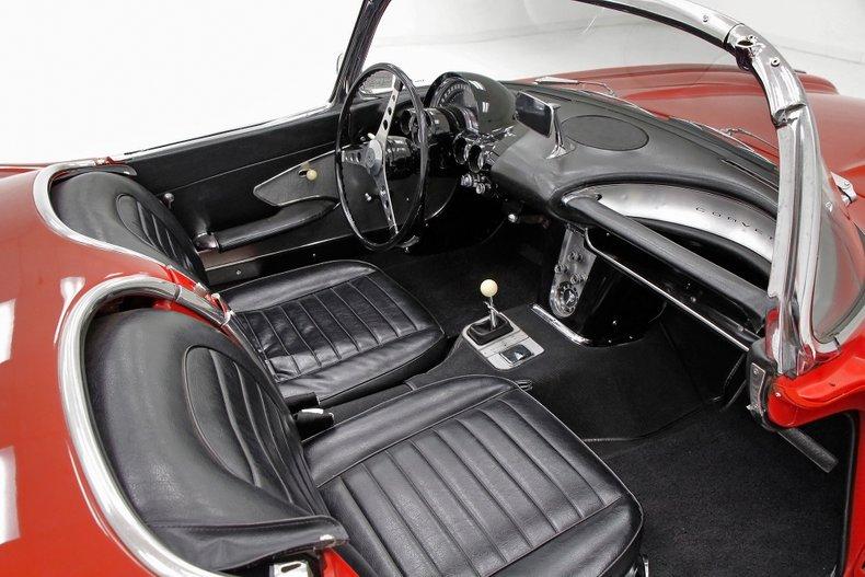 1959 Chevrolet Corvette 25