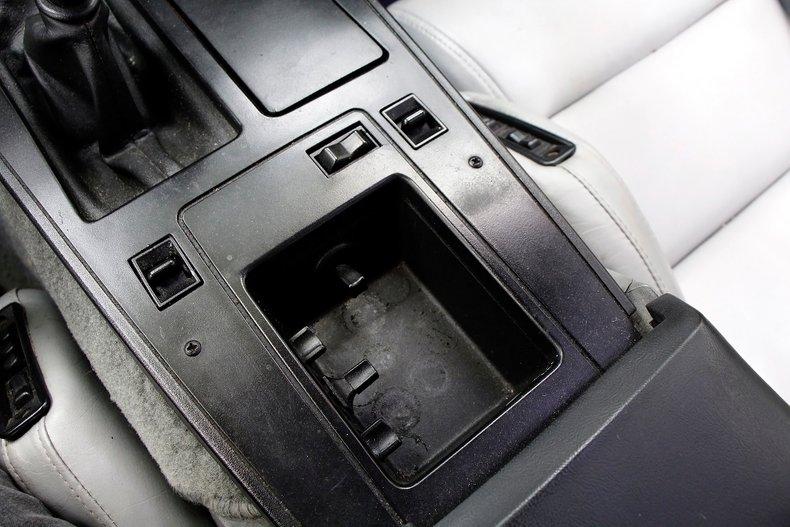 1985 Chevrolet Corvette 22