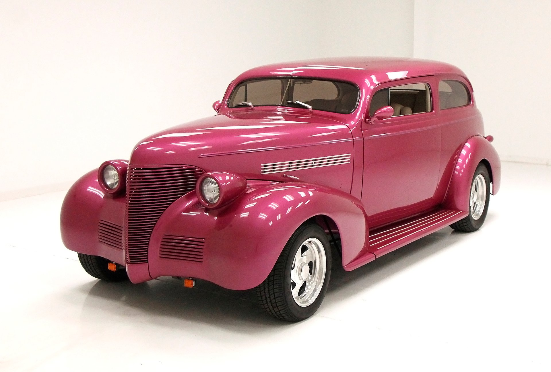 1939 Chevrolet 2 Dr Deluxe