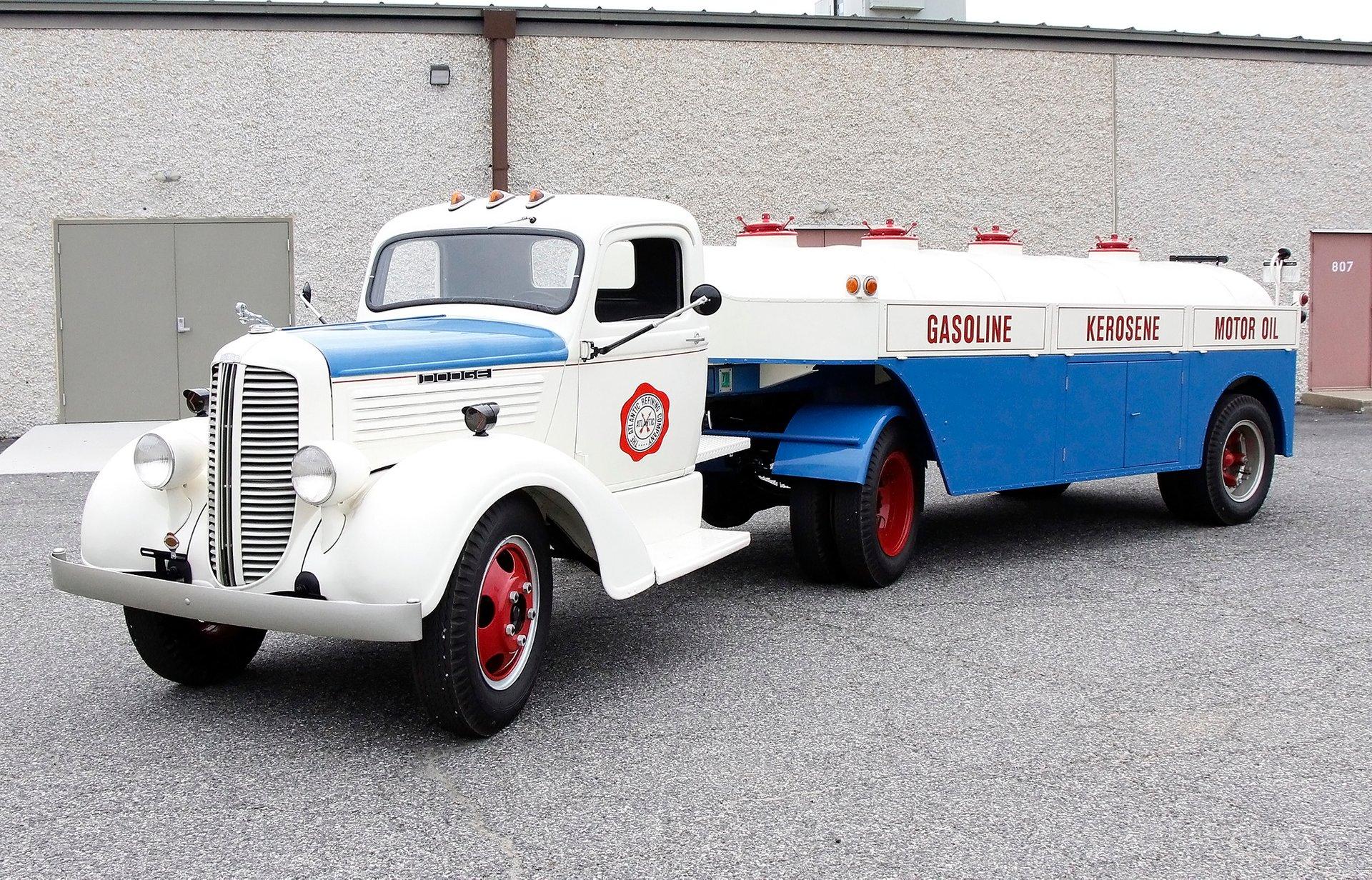 1938 Dodge RE31