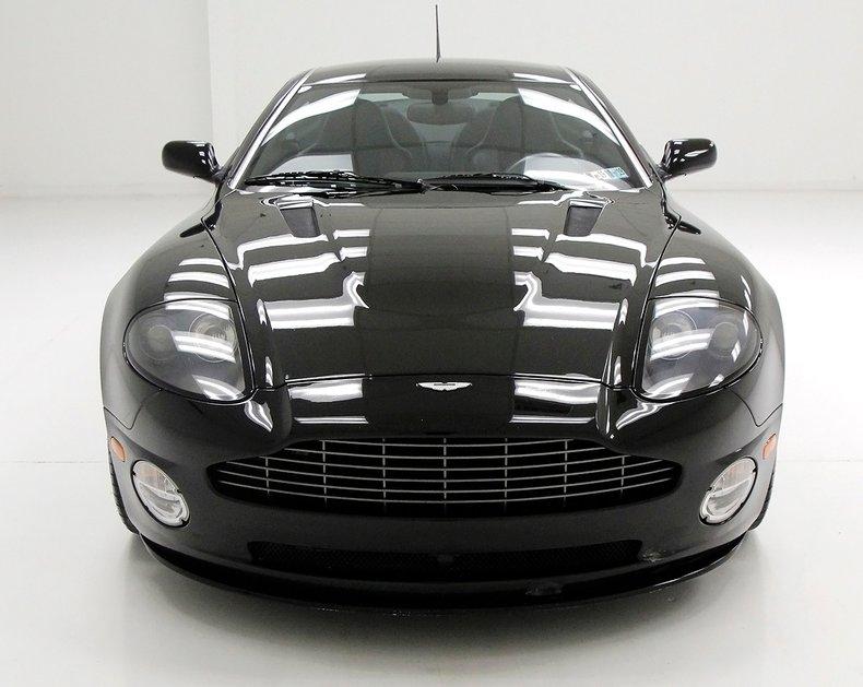 2006 Aston Martin Vanquish S 9