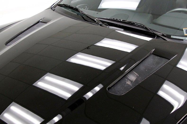 2006 Aston Martin Vanquish S 12