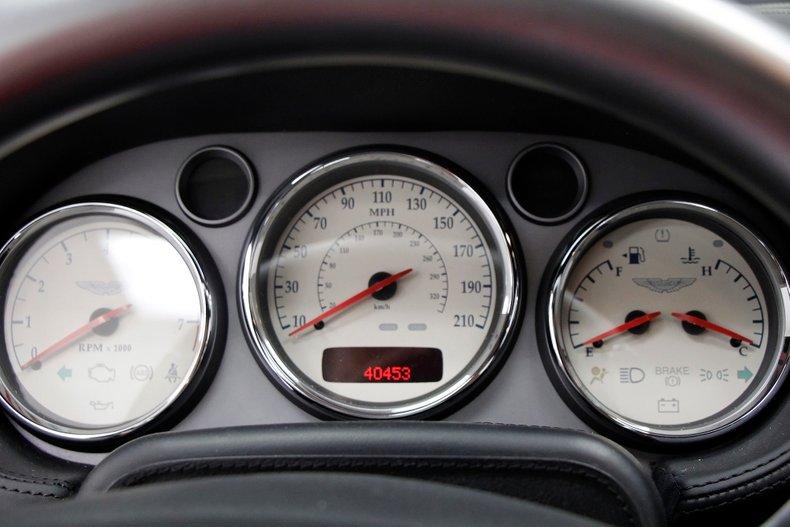 2006 Aston Martin Vanquish S 35