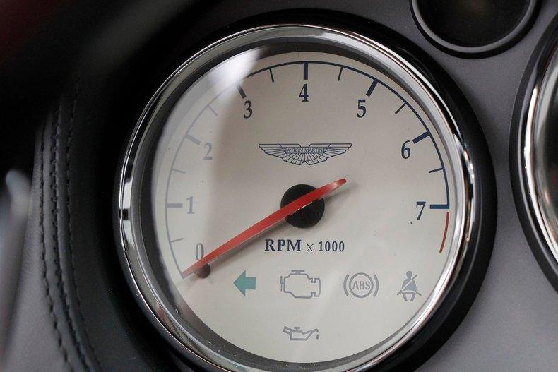 2006 Aston Martin Vanquish S 33