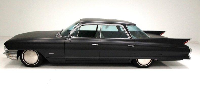 1961 Cadillac Series 62 2