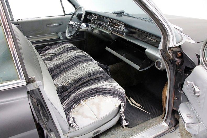 1961 Cadillac Series 62 26