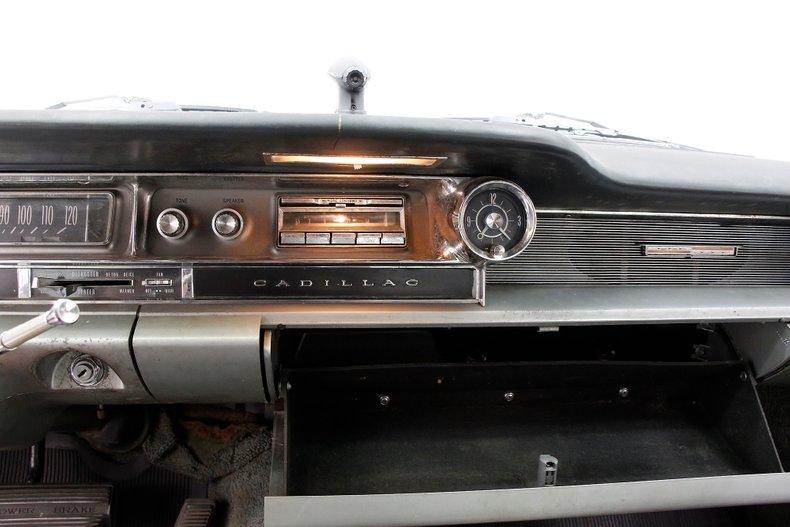 1961 Cadillac Series 62 31