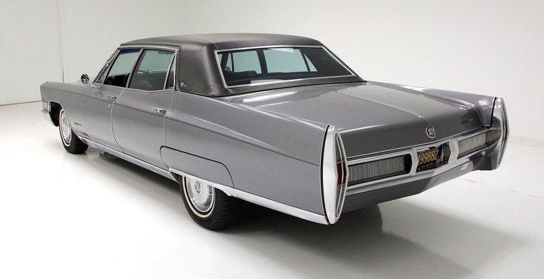 1967 Cadillac Fleetwood Brougham 3