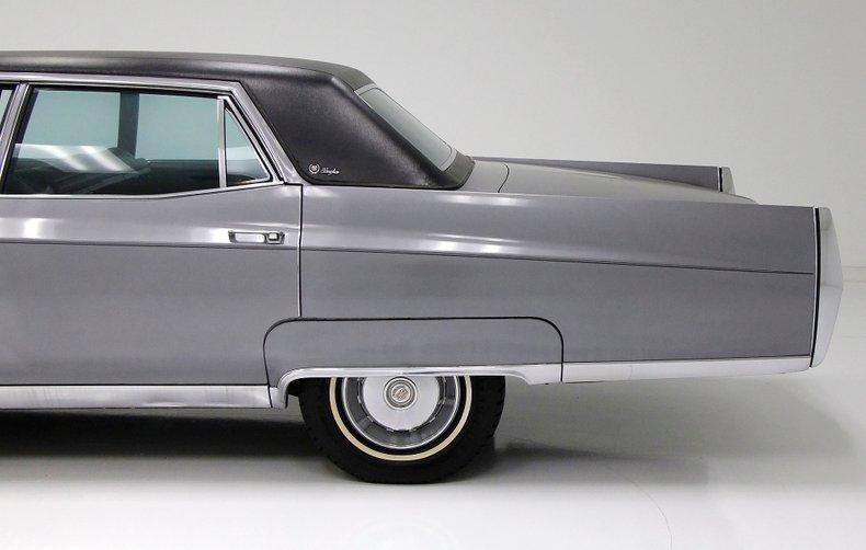 1967 Cadillac Fleetwood Brougham 21
