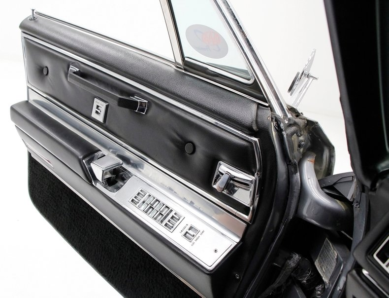 1967 Cadillac Fleetwood Brougham 24