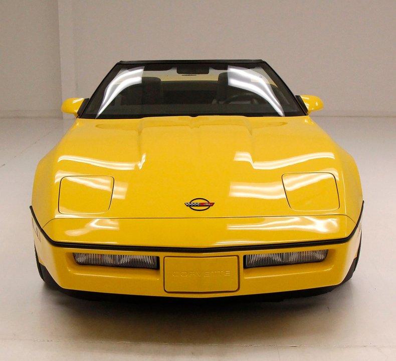 1986 Chevrolet Corvette 12
